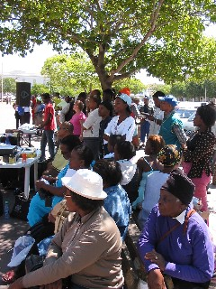 Crowd listens to the gospel in Grahamstown